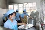 Sở Y tế Trà Vinh tặng giấy khen cho Bếp ăn tập thể Trường Thực hành Sư phạm
